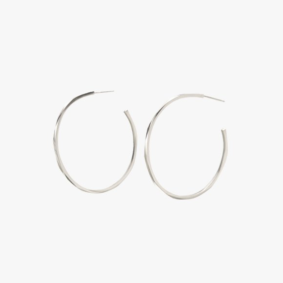 FIONN Medium Hoop Earrings | The Collaborative Store