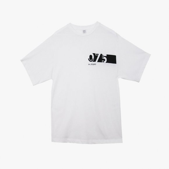 LE 75 Oversized T-shirt in White | The Collaborative Store
