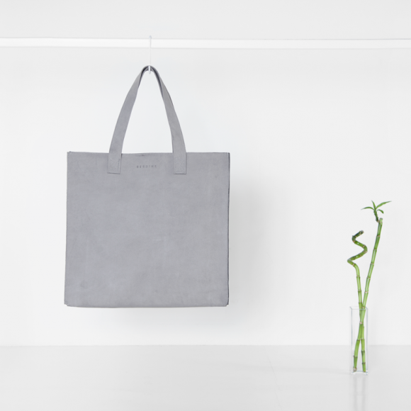 The Minimal XL Leather Bag | The Collaborative Store